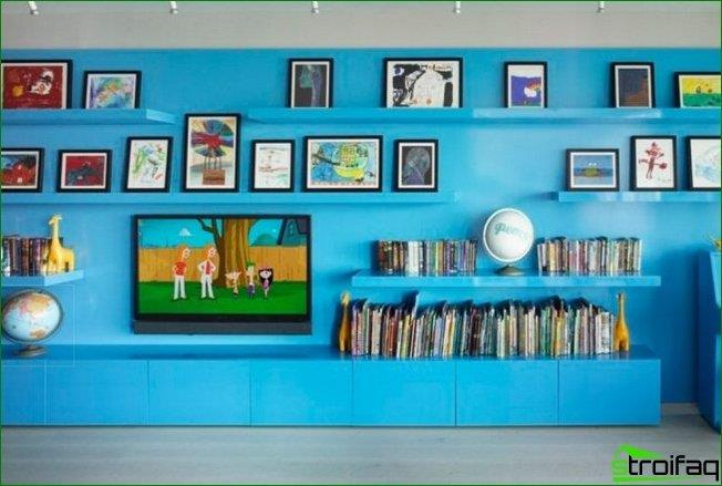 Shelf for the TV in the interior of a child's room