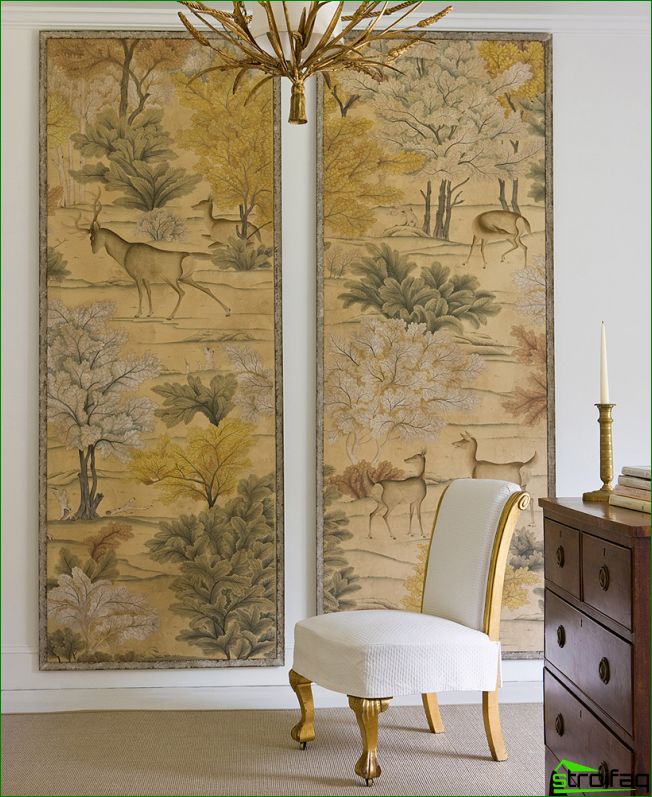 Wall panels of wallpaper in the frame