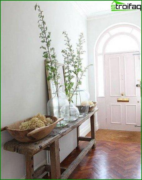 Small hallway 1
