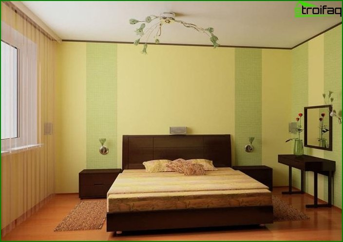 The combination of 2 types of wallpaper in the interior of the bedroom 8