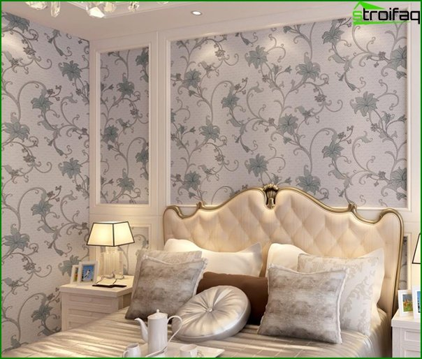 Non-woven wallpaper in the bedroom - 1