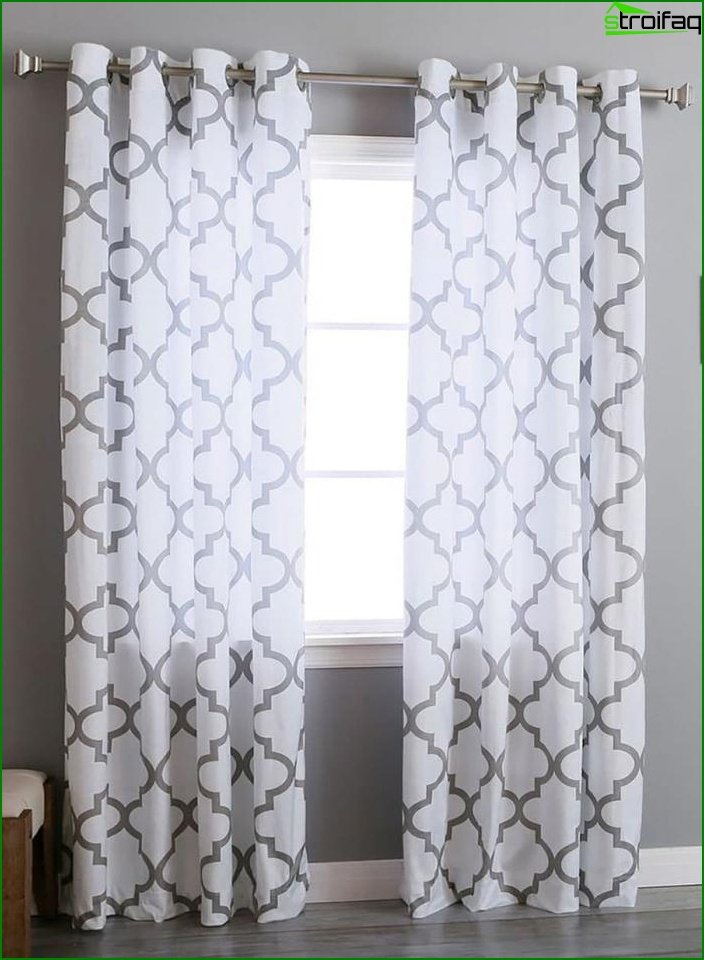 Curtains with geometric print 4