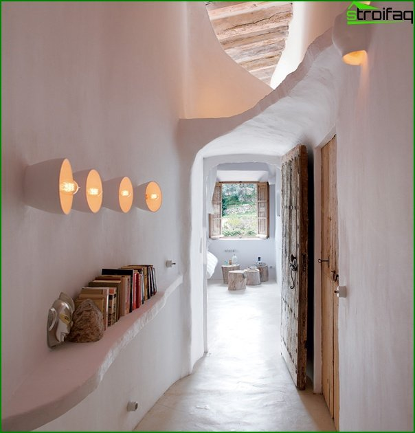 Design of a narrow hallway 03