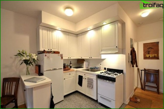 Kitchen in a studio apartment 2