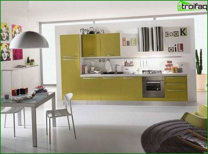 Kitchen in a studio apartment 5