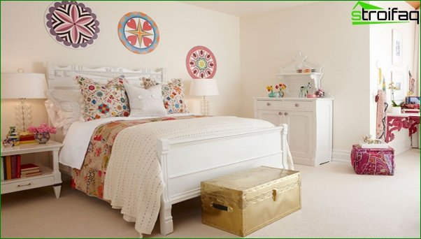 Trends 2017 in the design of the bedroom (bright accents) - 2