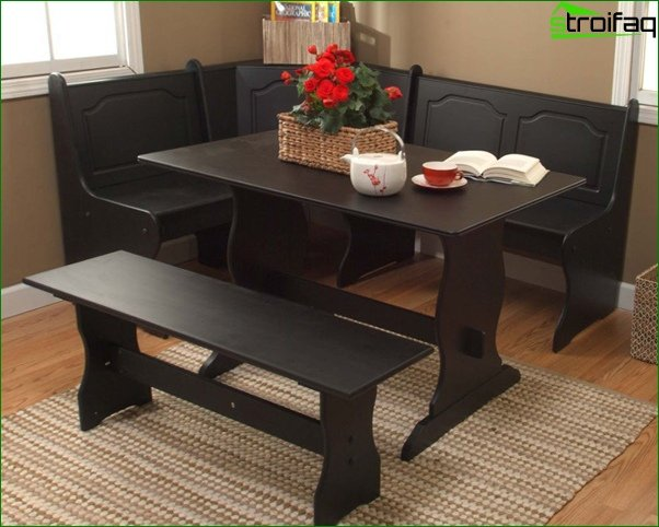 Kitchen corner (dining table) - 4