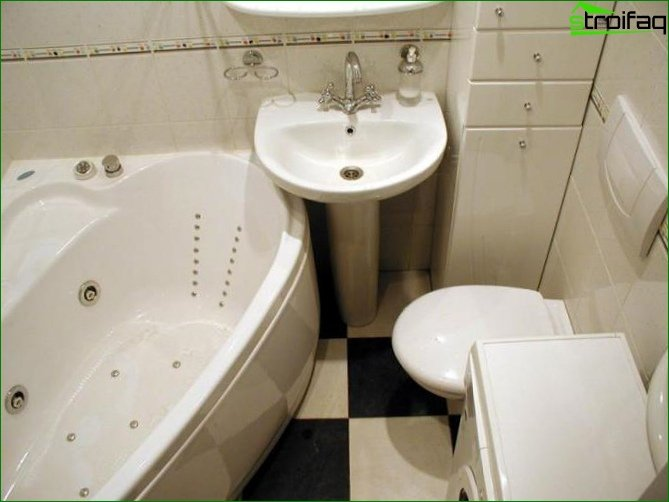 Photo of a small bathroom design