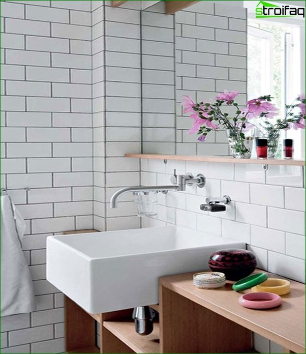 White tile in the interior - 4