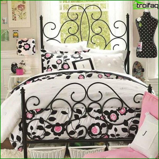 Design of a bedroom for a girl
