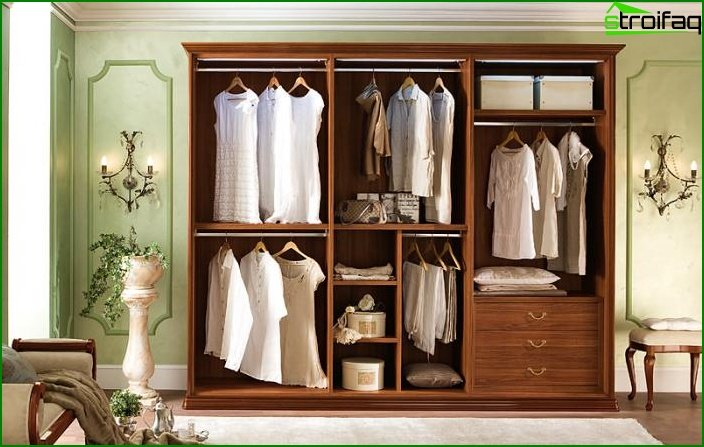 Filling the sliding door wardrobe