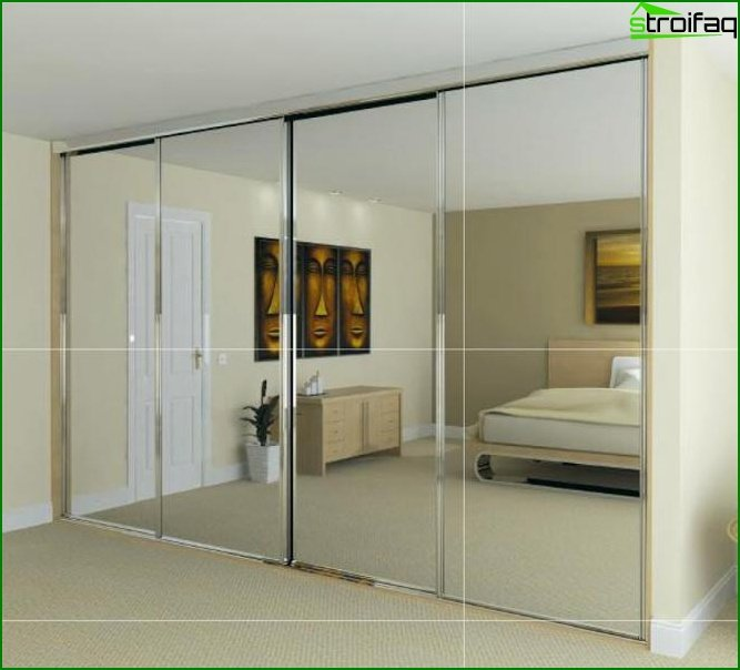 Closet in the bedroom with a mirror