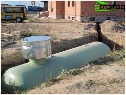 Gas holder installed. After checking for leaks in the presence of inspectors from Rostekhnadzor and regional gas, it can be filled with sand and taken in gas for 2-3 weeks.