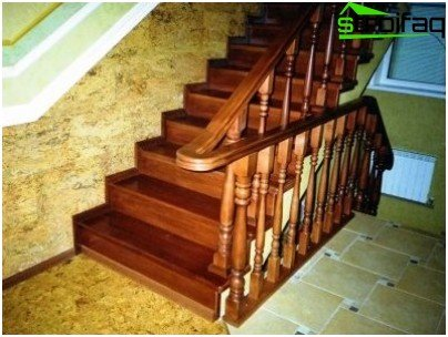 Wood concrete stairs