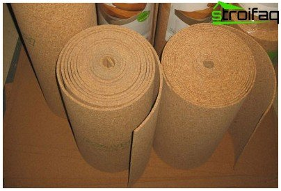 Cork backing - effective insulation for laminate or parquet