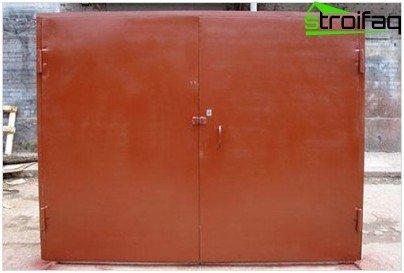 Instalación de puertas batientes de garaje