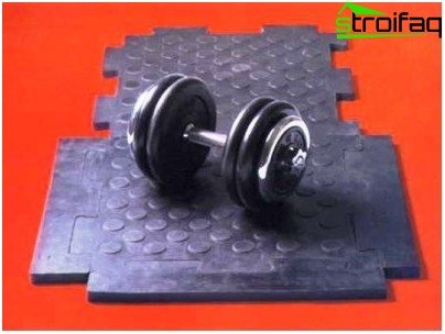 Home gym: do it yourself better to lay rubber tiles