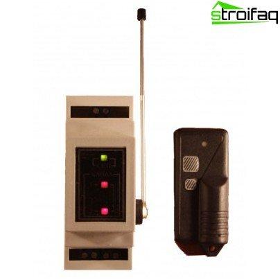Radio remote control light switch