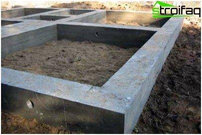 Izlijevanje monolitnog trakastog temelja - opis posla