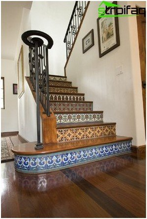Mosaic in the decoration of a wooden staircase