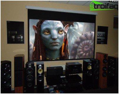 수신기가 가장 널리 사용되는 오디오 표준 인 Dolby Digital 및 Dolby Sourround Prologgic, MPEG-2 Audio, DTS 및 최신 오디오 표준 THX Sourround EX를 지원하는지 확인하십시오