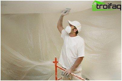 Preparazione della superficie del soffitto