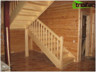 The traditional way of decorating stairs