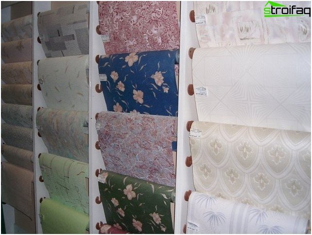 How to glue wallpaper