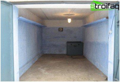 Внутрішнє оздоблення гаража штукатуркою