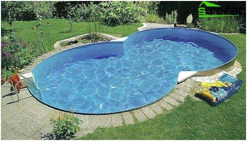 Pool shape selection