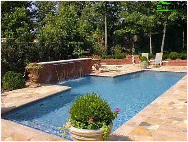 Pool size selection
