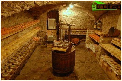Cellar electricity