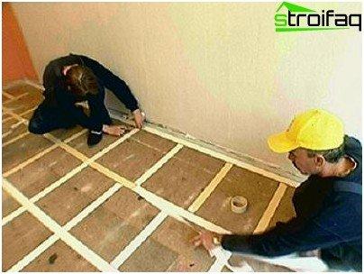 Colocación libre de alfombras con fijación sobre cinta adhesiva