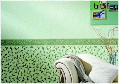 Combinación horizontal de papel tapiz en el dormitorio