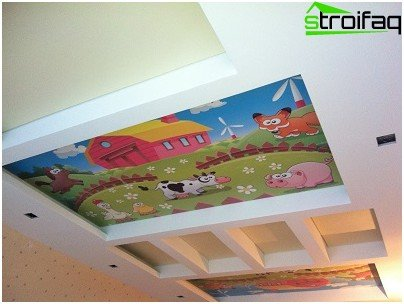 Stretch ceiling for kids with the image of funny animals