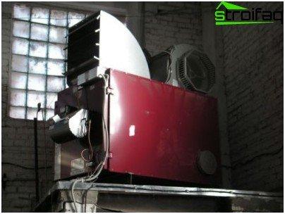 Generatore di calore per riscaldamento in garage