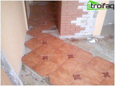 Marcar el piso antes de colocar azulejos