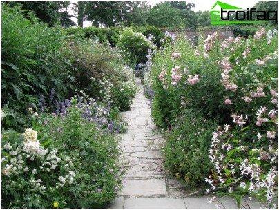 opstelling van een tuinpad