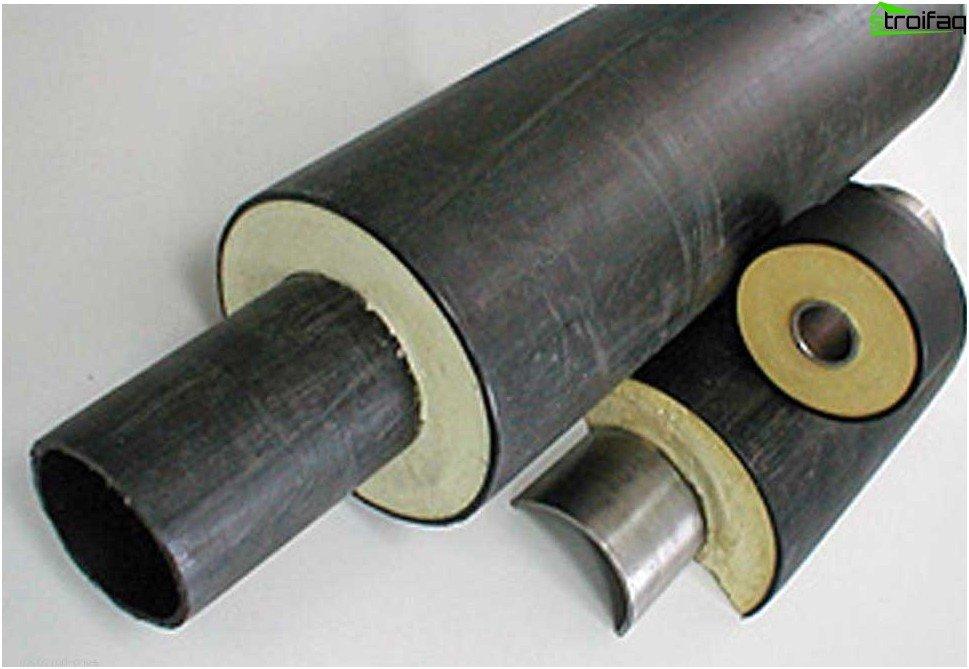 Steel pipes in isolation