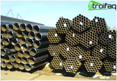 Assortment of steel pipes
