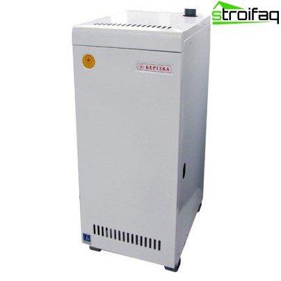 Single-circuit solid fuel boiler