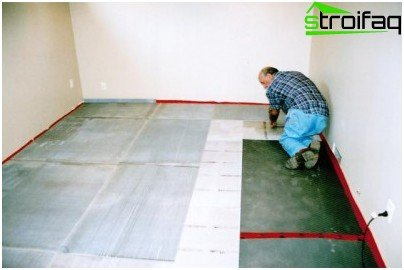 Laying the base under the laminate