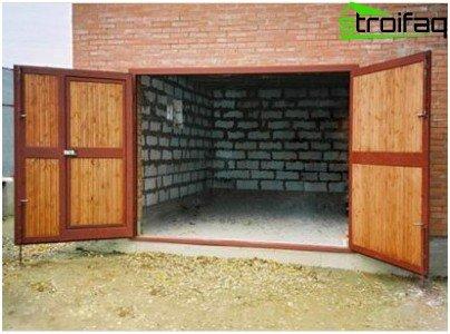 Autoisolamento delle porte del garage