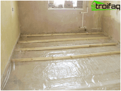 Floor insulation - a comprehensive solution to three problems