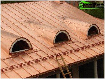 Recessed garage roof