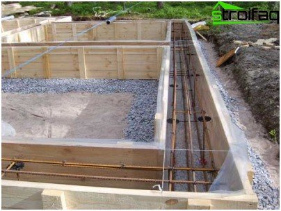 The reinforcement for the foundation frame has a diameter of 12 mm