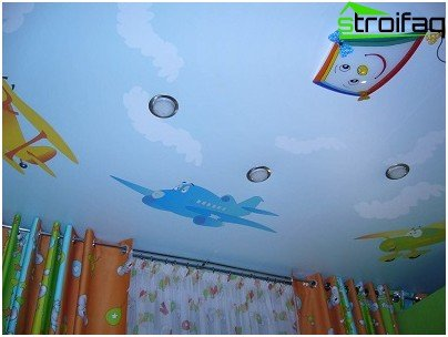 A design option for the stretch ceiling in the nursery for the smallest