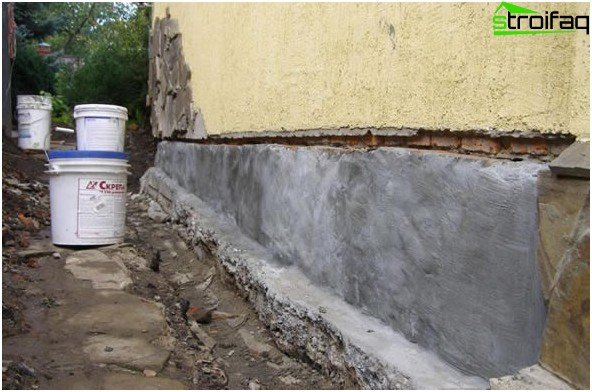 Penetrating waterproofing foundation