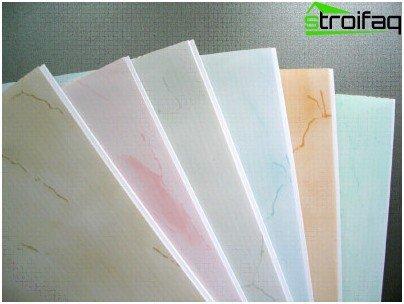 Deckenplatten aus Kunststoff