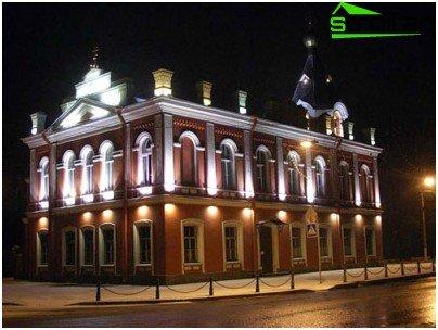 Iluminat local de fațadă